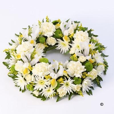 Classic Wreath   Yellow and Cream